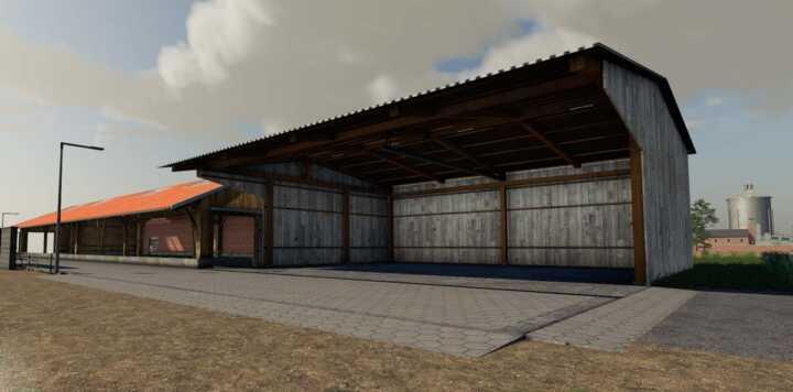 Un hangar conséquent.