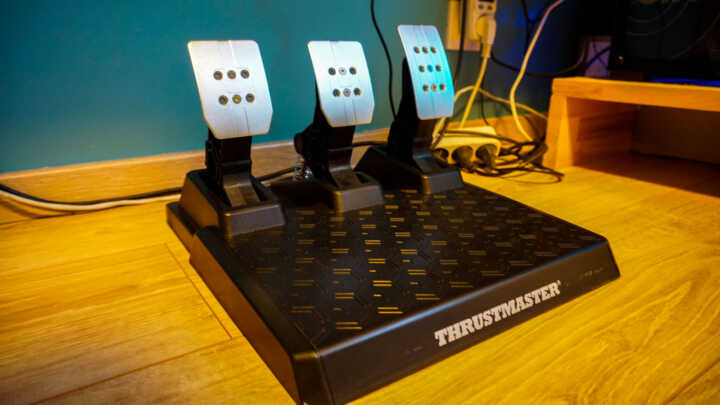 thrustmaster t248 review 02